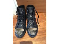 Gucci shoes (worn once; with extra new shoe lace) UK size 4 (37 europe)