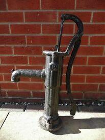 Black Cast Iron Hand Pump Garden Water Feature Accessory Decoration