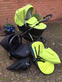 Silver Cross Wayfarer Travel System + Simplicity Car Seat