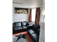 ONE BEDROOM FLAT £1099 PER MONTH INCLUDING ALL BILLS AT CLAUDE ROAD LEYTON LONDON E10 6ND AREA