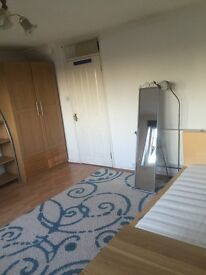 Double room in Hendon near hendon central station