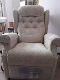 COSI MEDINA DUAL MOTOR ELECTRIC CHAIR, only a year old, good condition, buyer collects.
