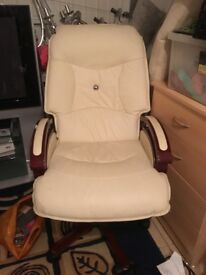 Relaxing High Back Swivel Chair