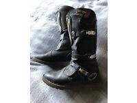 Bike boots UK 10 - MotoCross - Style Martin.