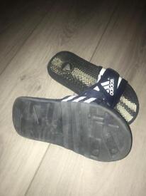 Boys size 3 Adidas flip flops