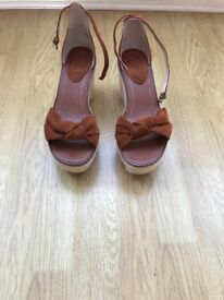 Brand new tan suede wedges from faith