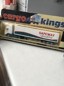 Cargo kings Safeway truck
