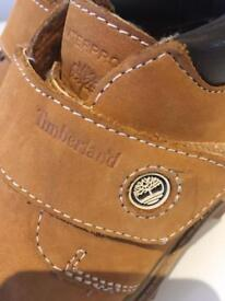 Boys Timberland Boots size 8 in excellent condition