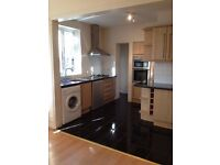 ONE DOUBLE BEDROOM IN FAB REFURBISHED 6 BED HOUSESHARE IN EVER POPULAR BROCKLEY NEAR NEW CROSS SE4