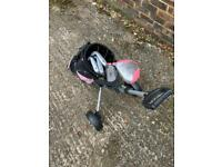 Girls' golf club set with bag and trolley