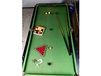 Half size snooker table with balls for snooker & pool, 2 snooker cues, spider & X rests +scoreboard