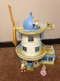 Sylvanian Family Field View Mill with box and few characters