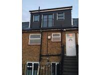 3 bedrooms, 1 receiption room & 2 bathrooms flat to let in Lewisham