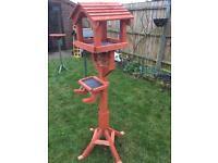 Bird table.