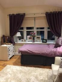 Modern Self-contained bedroom & en-suite to rent