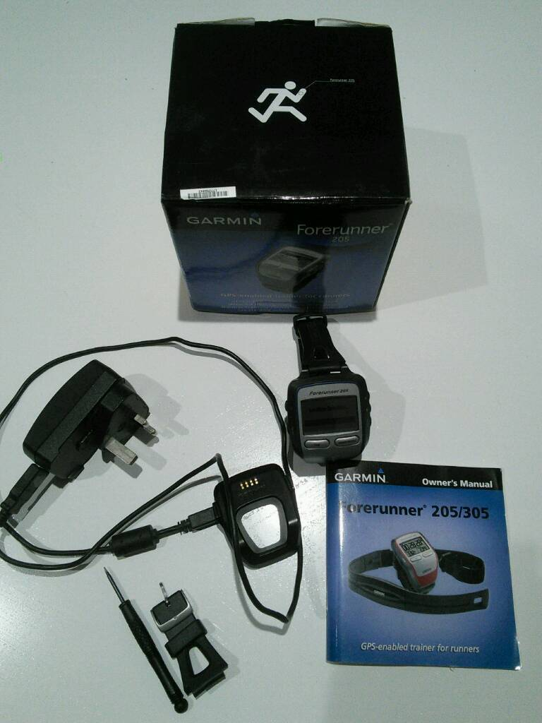 Garmin forerunner 205 GPS watch with box and instructions, good working order.