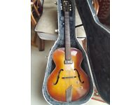Beautiful Vintage Hofner semi acoustic guitar & Hard bodied case