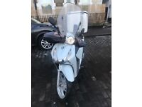 HONDA SH 125 with alarm, engine 20k with ABS much better than PCX, VISION, PS, VESPA