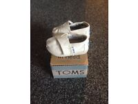Baby toms
