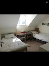 Twin room or Double foreign student or Worker in the heart of Bournemouth town centre