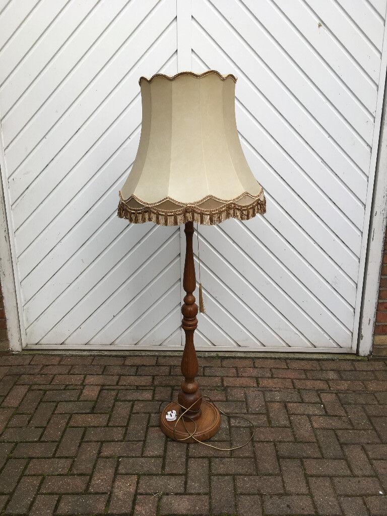 OAK STANDARD LAMP & SHADE