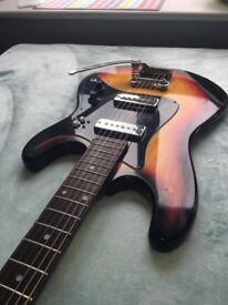 Hondo electric guitar Mod. EG22, (Vintage from 70's) Sunburst Colour, New Fender Strings.