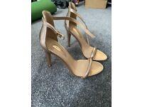 Woman's size 3 heels