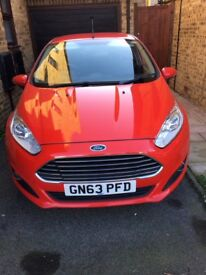 Brilliant condition 2013 Ford Fiesta 1.25 Zetec 5dr petrol with a/c, full dealer service history