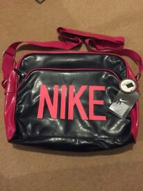 NIKE Heritage Athletic Bag with Laptop Compartment Pink/Navy