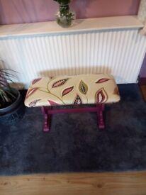 Footstool/small seat