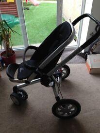 Quinny buzz 3 in black, forward & parent facing, reclines flat, has hood, rain cover and basket