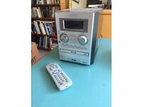 Sanyo compact stereo radio CD player with remote
