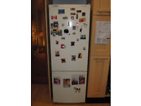 BOSCH Free Standing Fridge Freezer KGV24V00GB