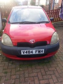 Toyota Yaris 2000 red For sale*Excellent Condition*