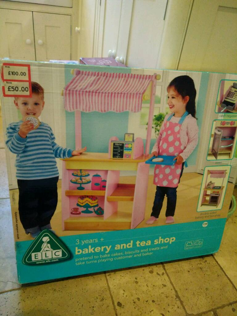 ELC Wooden Bakery and Tea shop *Brand new*