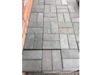 Paving bricks blue/red