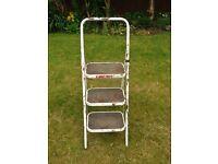Taurus 3 Step Foldable Stepladder Step Ladder