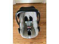 Maxi-Cosi Pebble baby car seat