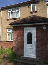 4 bedroom students house to let