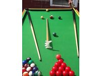 Snooker table 6ft by 3ft 2sets balls including cues and pool balls
