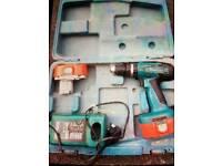 Makita 18v drill 2 batteries