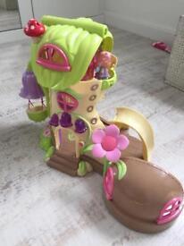 ELC big boot play house & figure