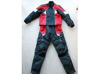 Frank Thomas Motorcycle Acquatec Suit - Jacket & Trousers/ Black & Red/ Waterproof (M) Perfect Cond.