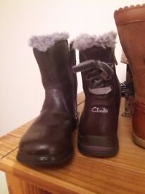 One pair clarks other tu both size 7