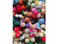 Huge amount of knitting wool & yarn - 9kg in total!