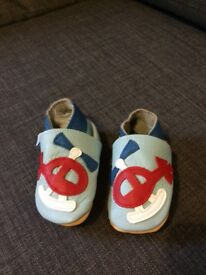 Leather baby shoes 0-6 months