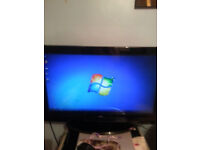 32 inch lcd tv with freeview /hdmi /scart skts nice picture £40