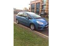 Citroen C4 Picasso 1.6diesel automatic. Drives and looks like new.