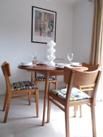 Dining table and 4 chairs Orla Kiely mid-century modern