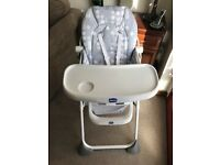 Chicco pocket lunch highchair grey with circles